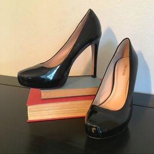 Pour La Victoire Patent Leather Platform Stilletos